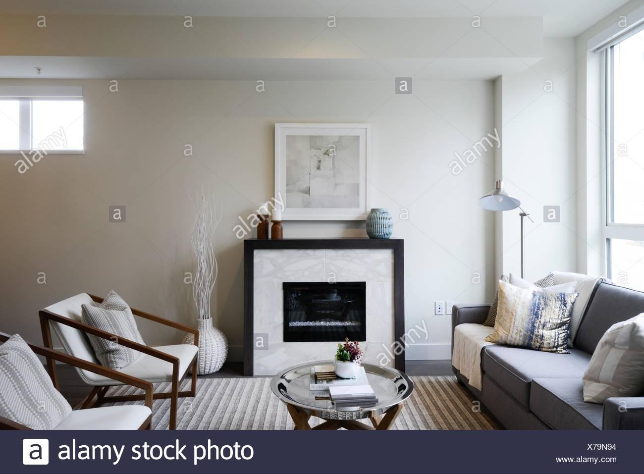 Salle de séjour dans un nouvel appartement à Vancouver, BC, Canada. Photo Stock