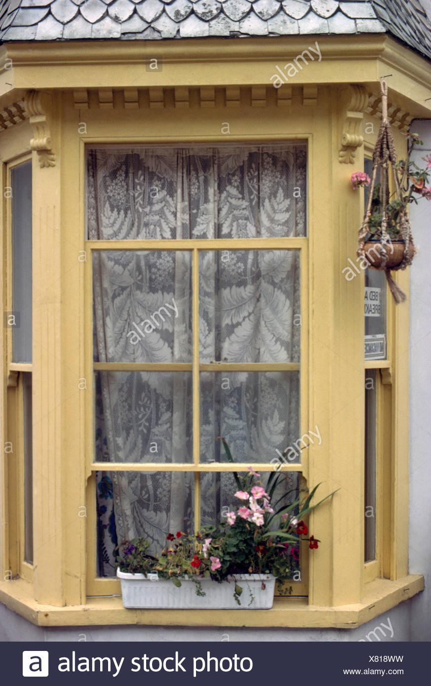 Baie Vitrée Voutée bay window drapes photos & bay window drapes images - alamy