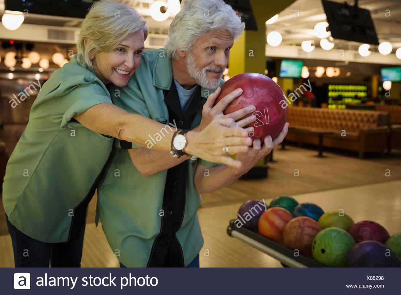Femme mari directeurs au bowling bowling Photo Stock