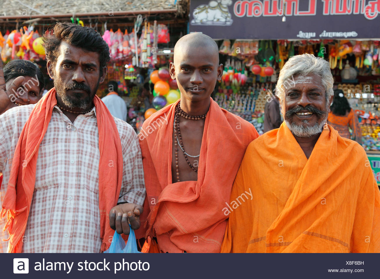 Les hommes de trois générations, Festival Thaipusam, fête hindoue, Palani, Tamil Nadu, Tamilnadu, Inde du Sud, Inde, Asie Photo Stock