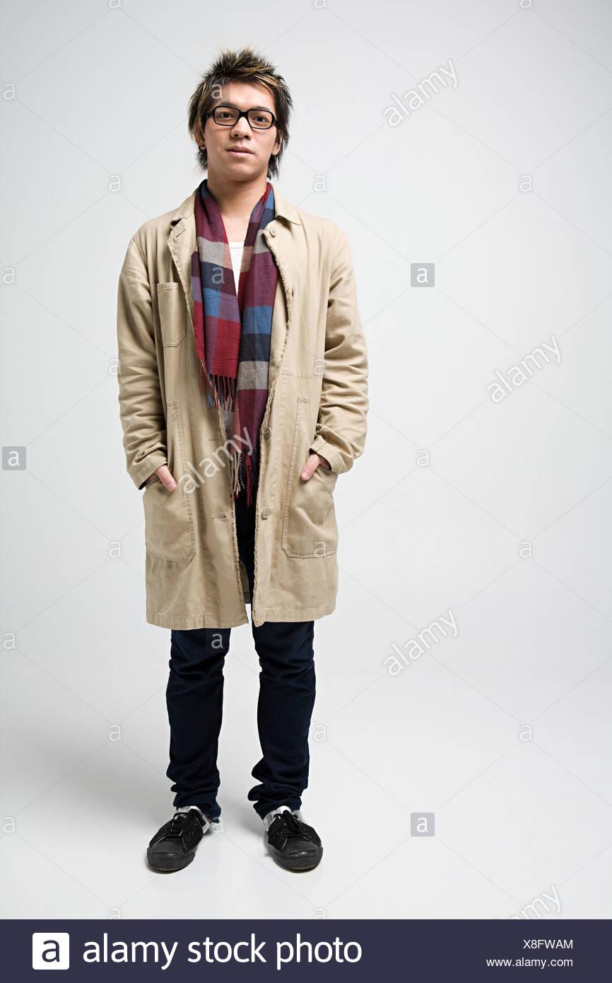 Jeune homme japonais élégant Photo Stock