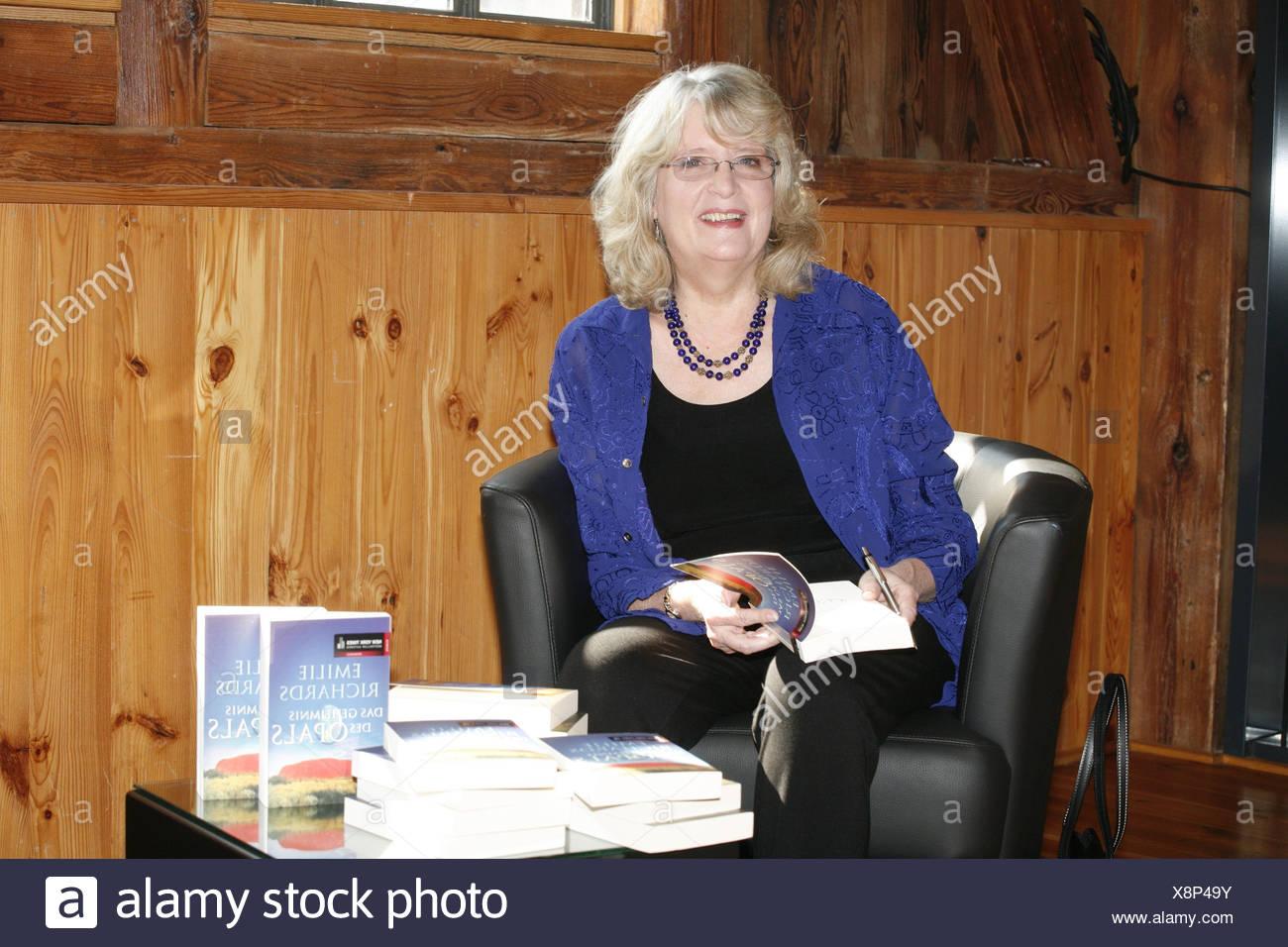 """Richards, Emilie, écrivain américain / auteur / scénariste, demi-longueur, photocall à la série """"ZDF TV Emilie Richards', Hambourg, Allemagne, 22.3.2011, Additional-Rights-Jeux-NA Photo Stock"""