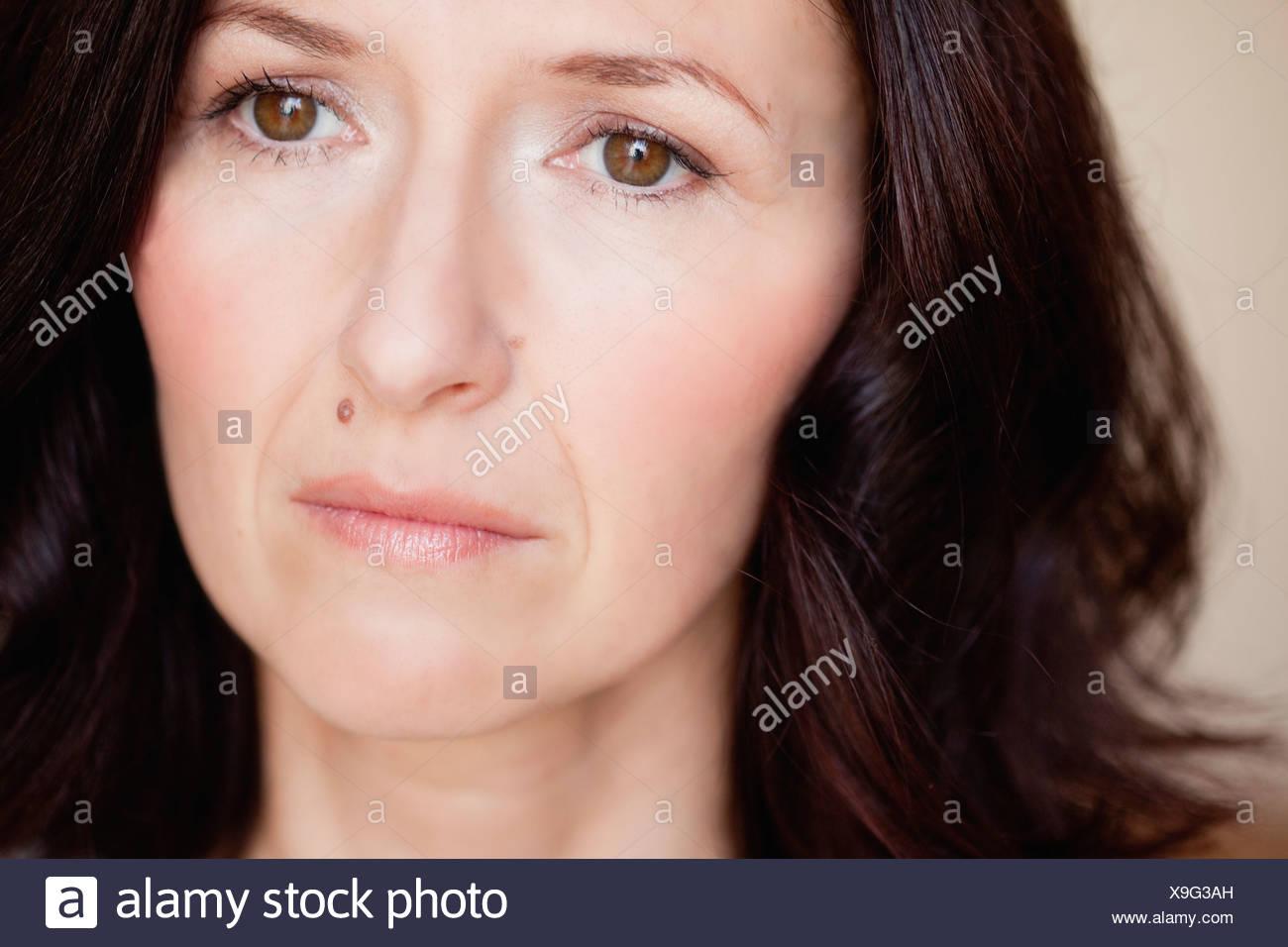 Femme à la distance en Photo Stock