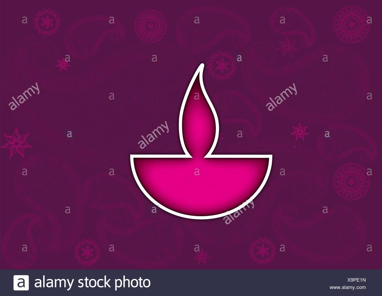 Lampe à huile Diwali isolé sur fond coloré Banque D'Images