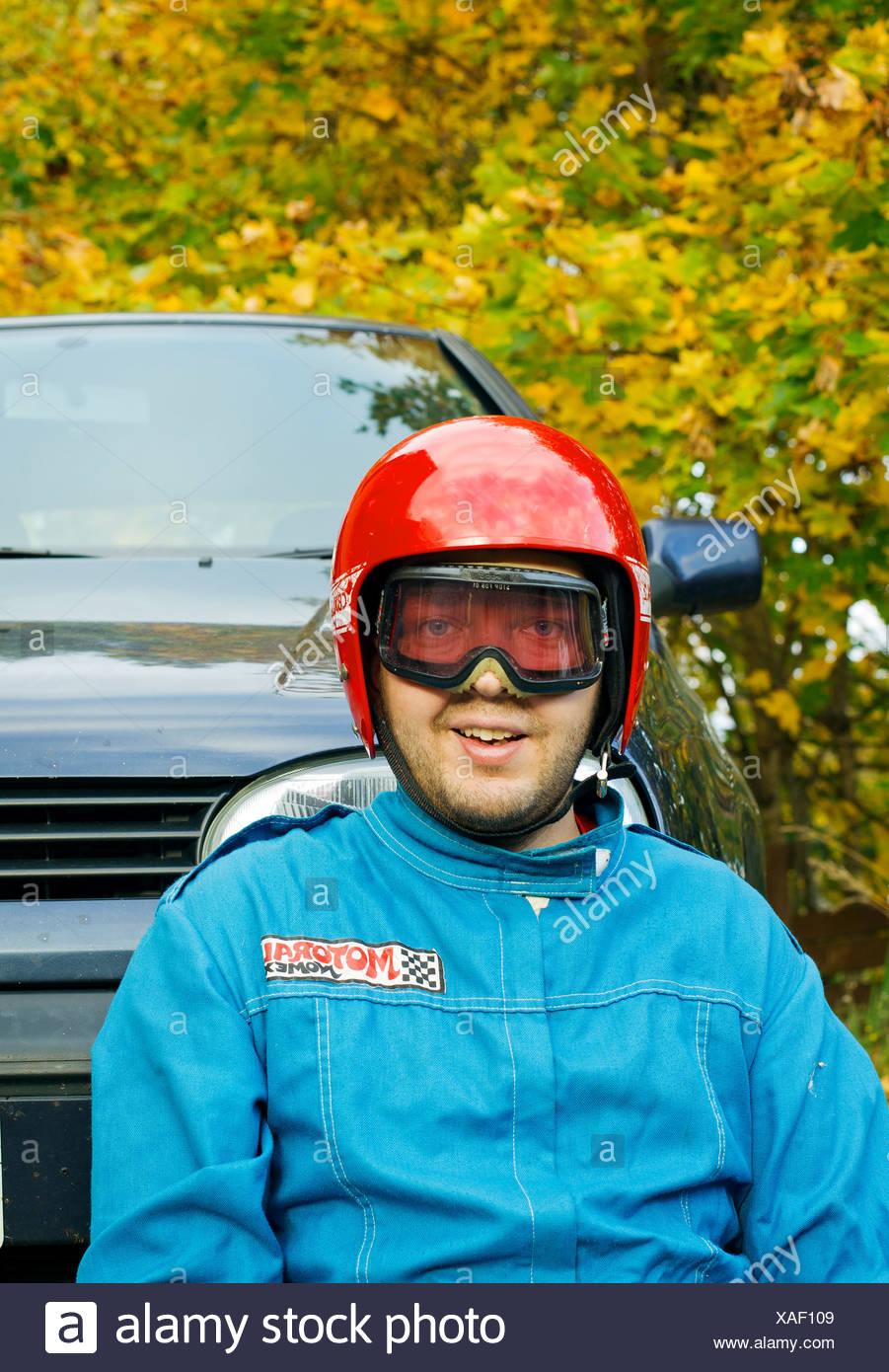 L'homme à casque de sécurité Photo Stock