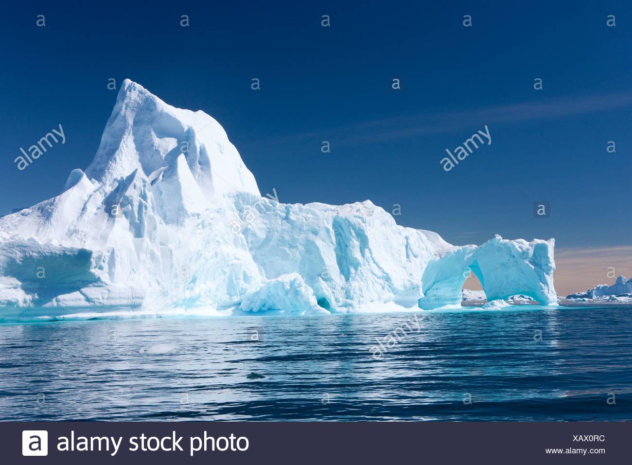 Les icebergs, le Groenland, l'Est du Groenland, de la glace, de l'iceberg, Tassiilaq, nature, formation, groupe, blanc, bleu, froid, Photo Stock