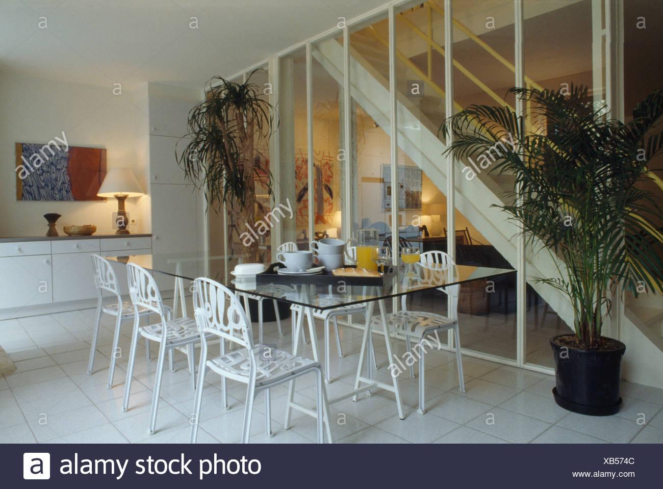 Table En Verre Et Métal Blanc Bonjour En Chaises Salle à