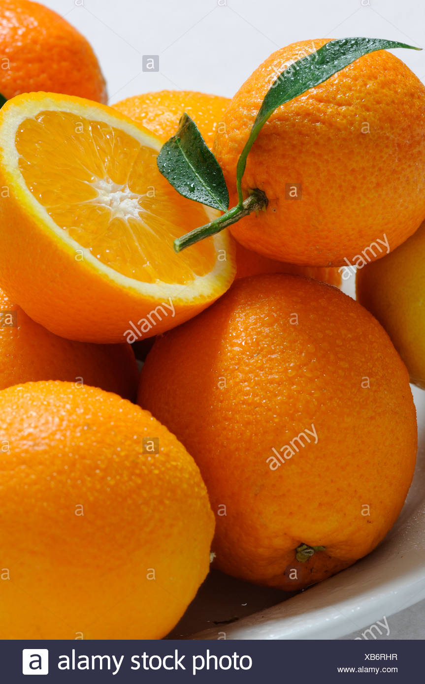 Les vitamines, la vitamine C, les oranges, les fruits d'agrumes, de l'alimentation, manger, Photo Stock