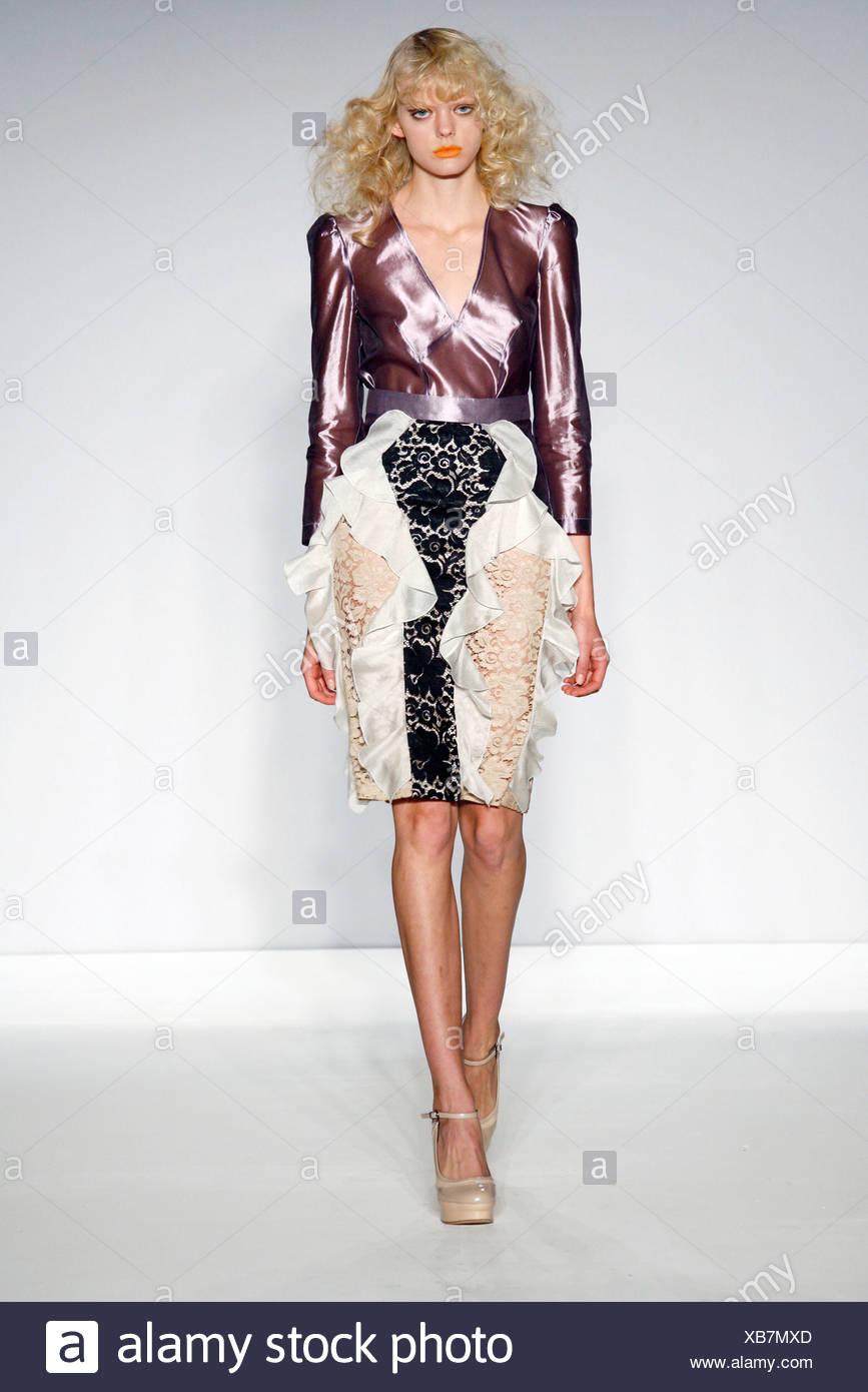 Spijkers en Spijkers Londres Prêt à porter printemps été violet métallique 1d870cb4960