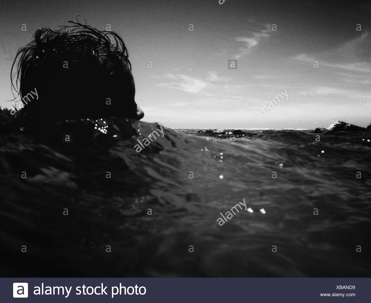 Niveau de la surface de la mer en personne Photo Stock