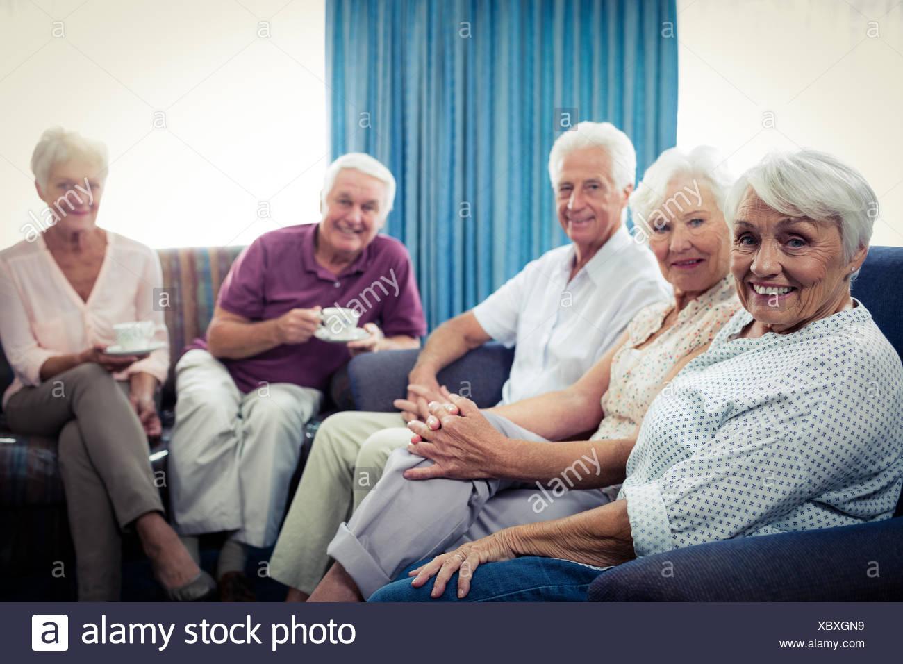 Portrait d'un groupe de personnes âgées Photo Stock