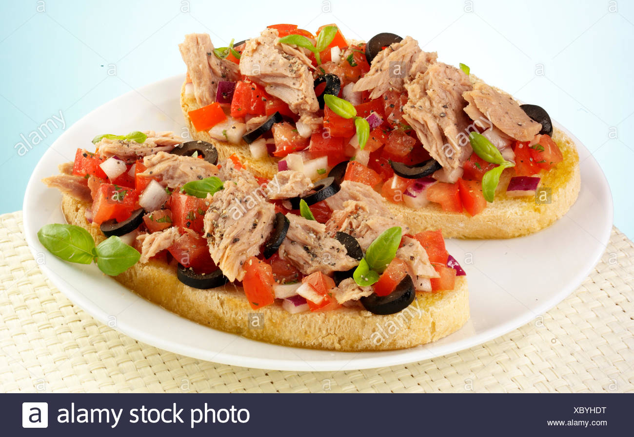 BRUSCHETTA au thon listao Photo Stock
