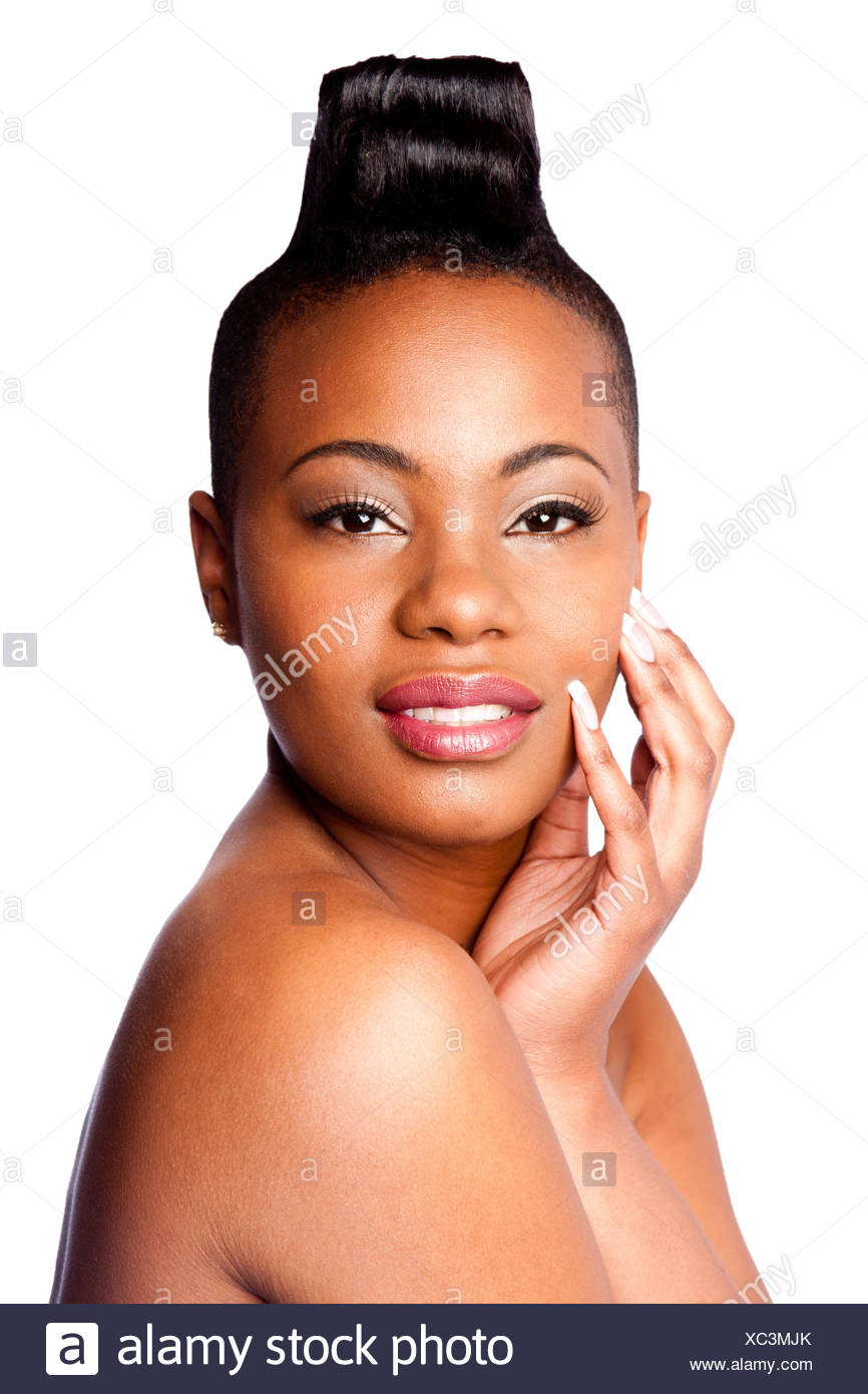 Femme Nue Africaine tête de belle jeune femme africaine avec la main sur le visage et le