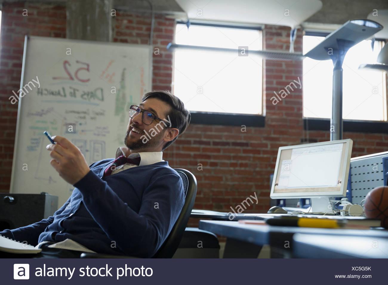 Bureau de l'entrepreneur en réflexion Photo Stock
