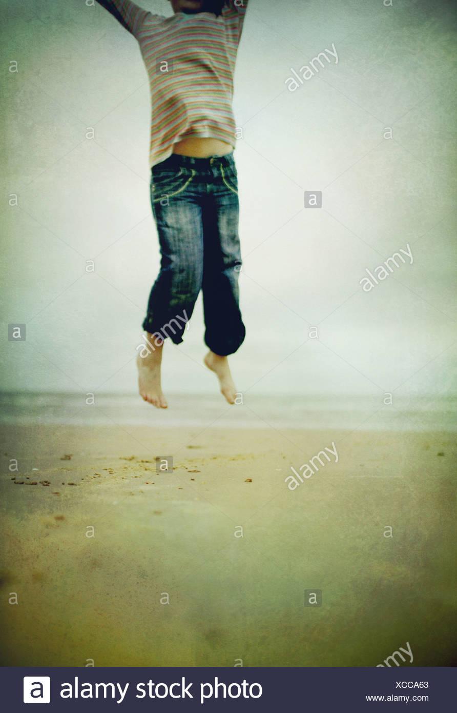 Saut man dans l'air Photo Stock