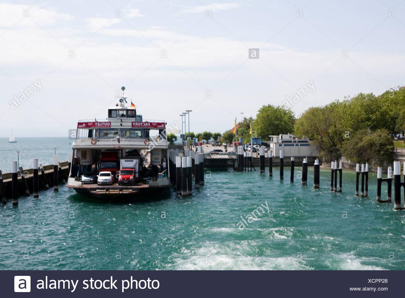 L'Allemagne du Sud, Bavière, Meersburg, ferry dock de Photo Stock