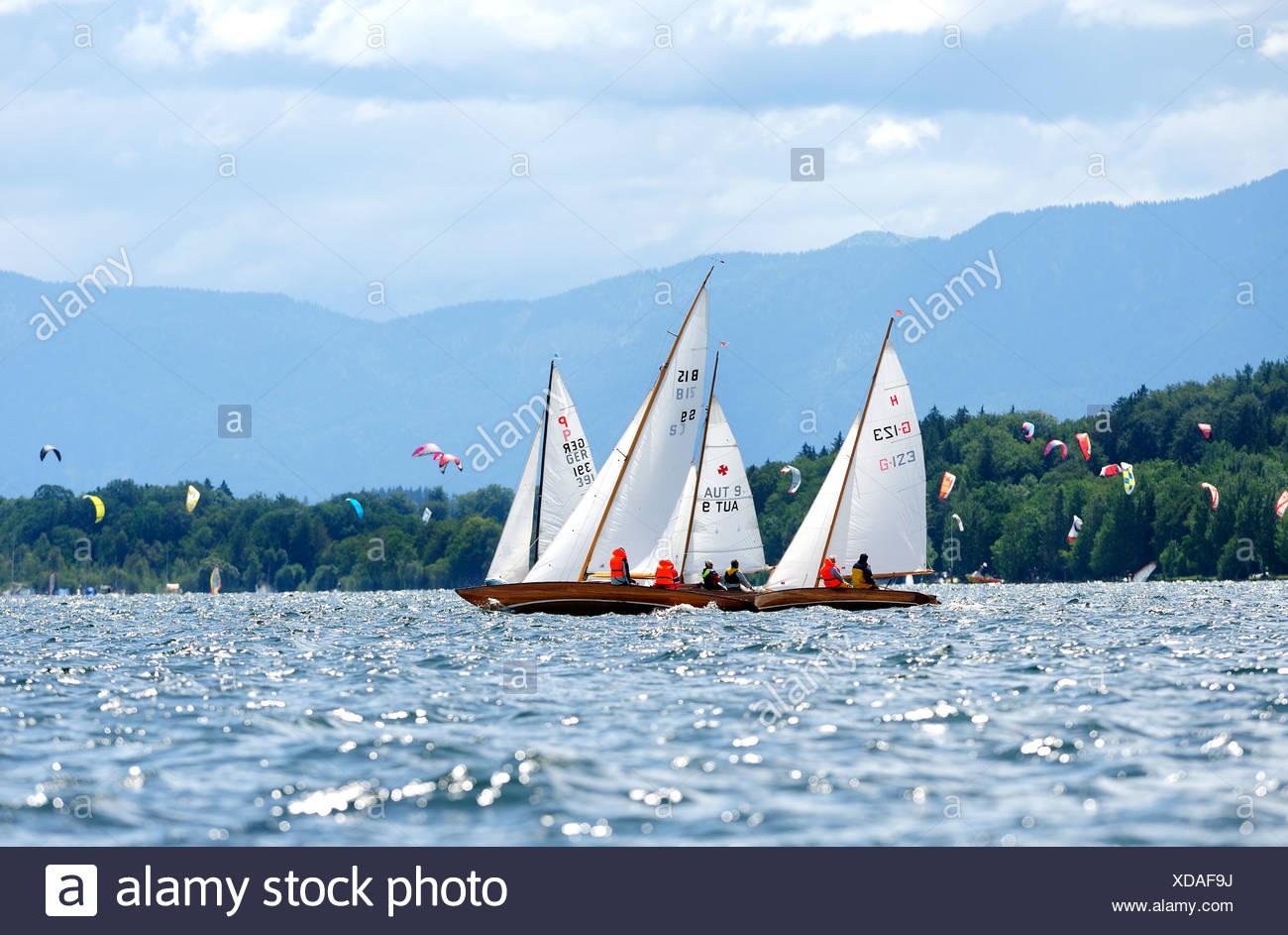 Les voiliers sur le lac de Starnberg, Upper Bavaria, Bavaria, Germany, Europe Photo Stock