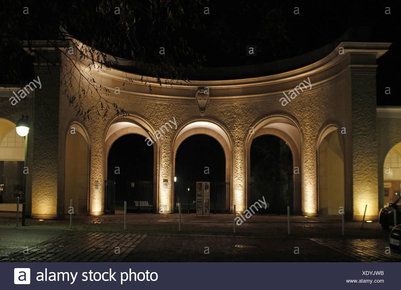 Parc, objectif, passage, gate, archgway, bras, jardins du spa, d'une entrée privée, parc, Banque D'Images