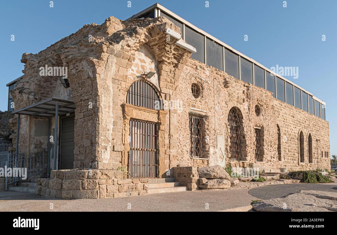 Beit etzel museo è costruita sulle rovine di un antico periodo ottomano edificio in arenaria vicino alla spiaggia di Tel Aviv in Israele Foto Stock
