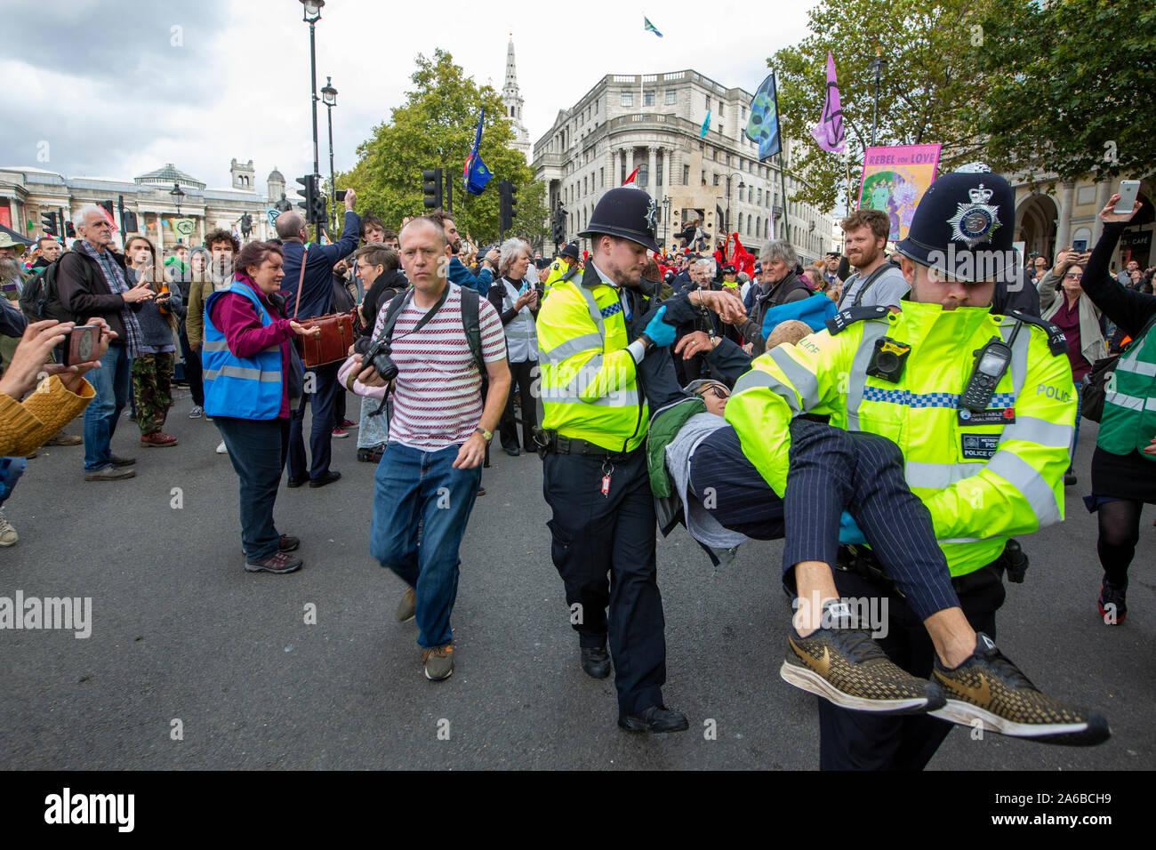 London, England, 24. Juli 2021. Demonstranten versammeln