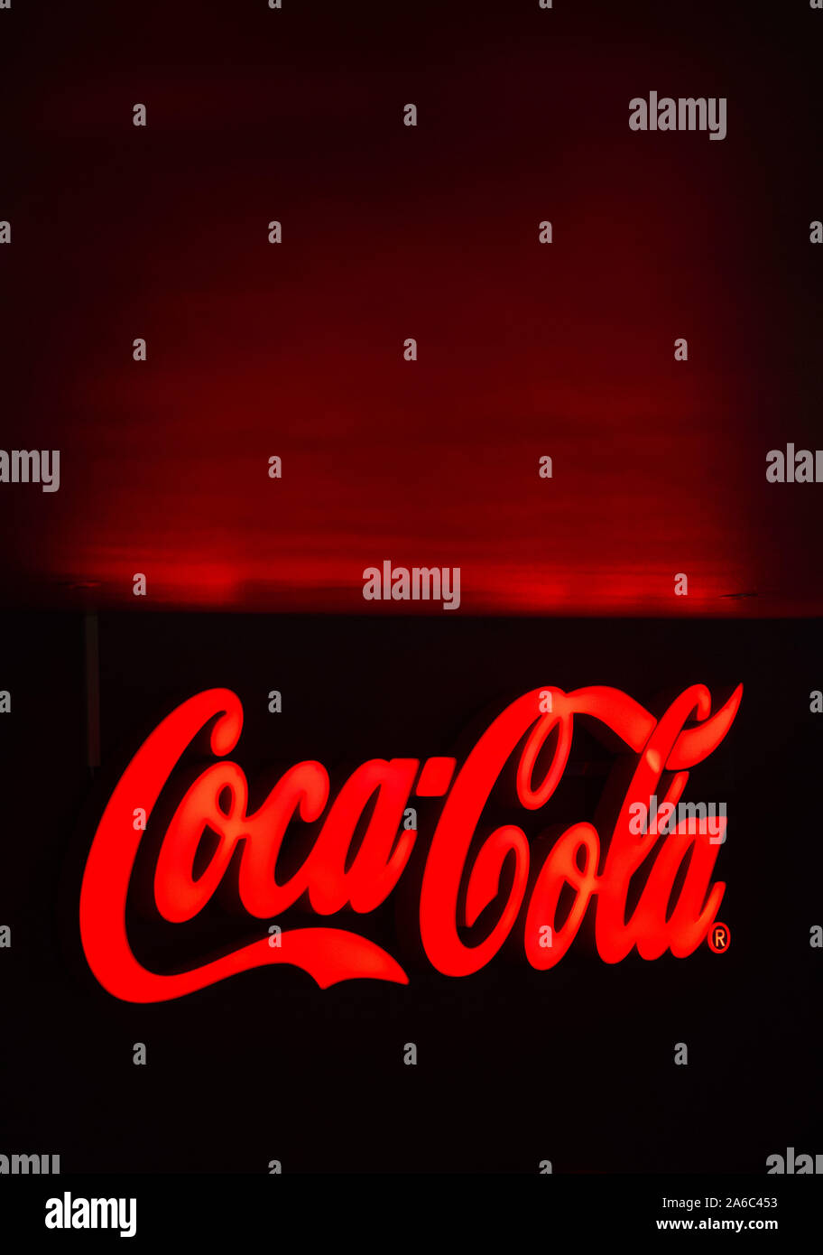 Una Coca Cola firmare in un ristorante.Photo Jeppe Gustafsson Foto Stock