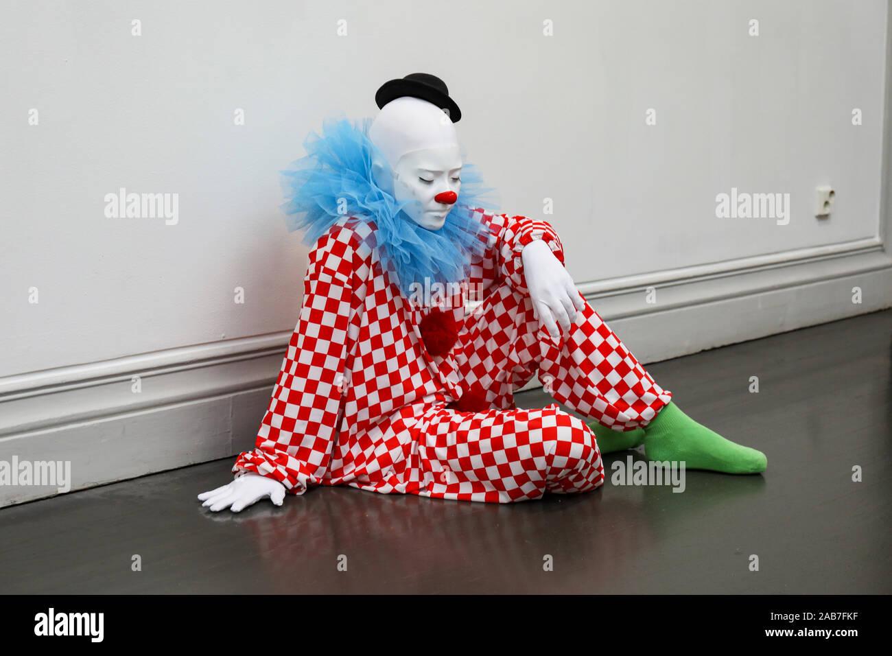 Fiore D/'Acqua Clown Spruzzo Scherzo Novità JOKER Circo Costume Scherzo Compleanno