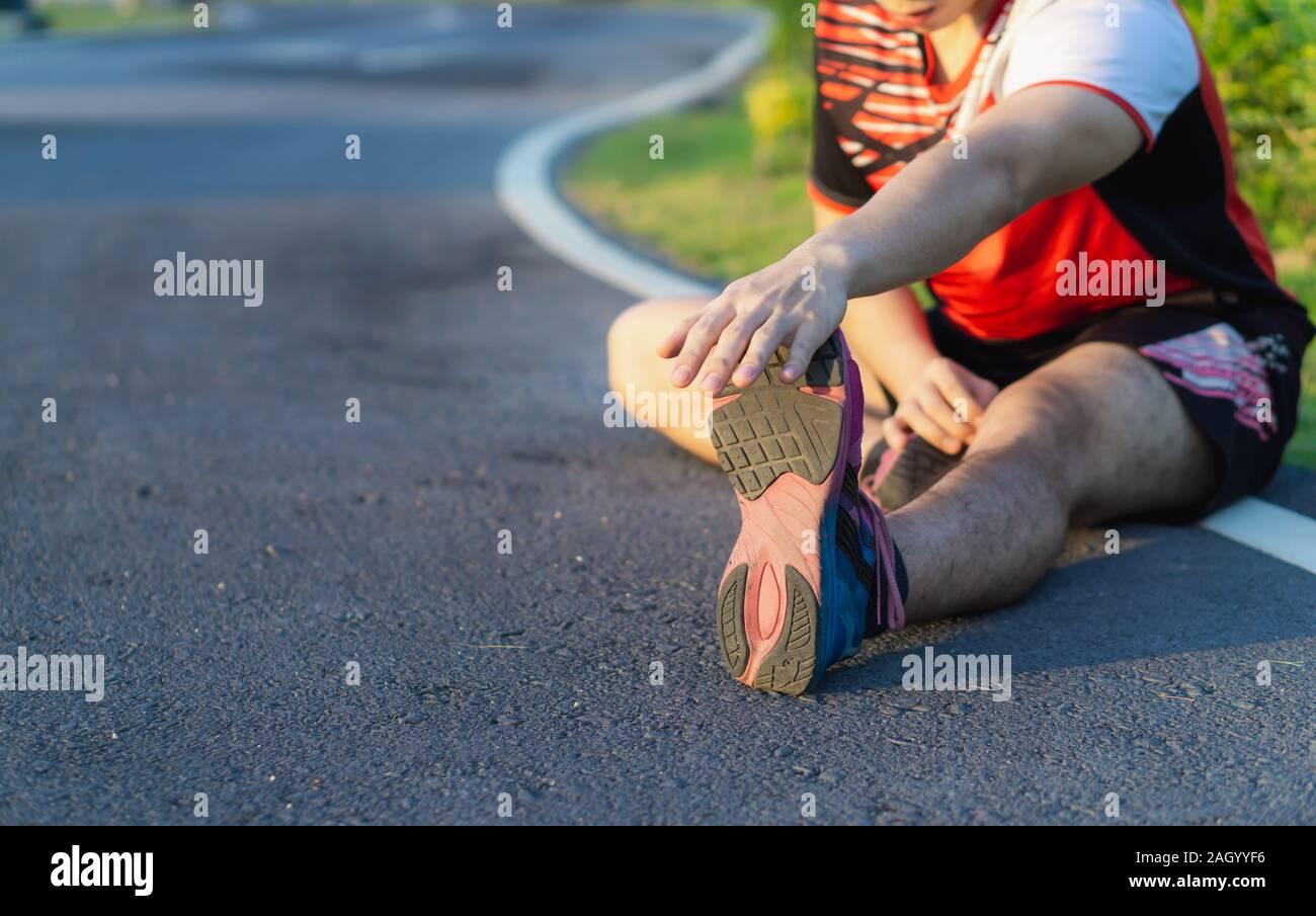 Crampi muscolari a gambe, polpacci, …: cause, sintomi, rimedi