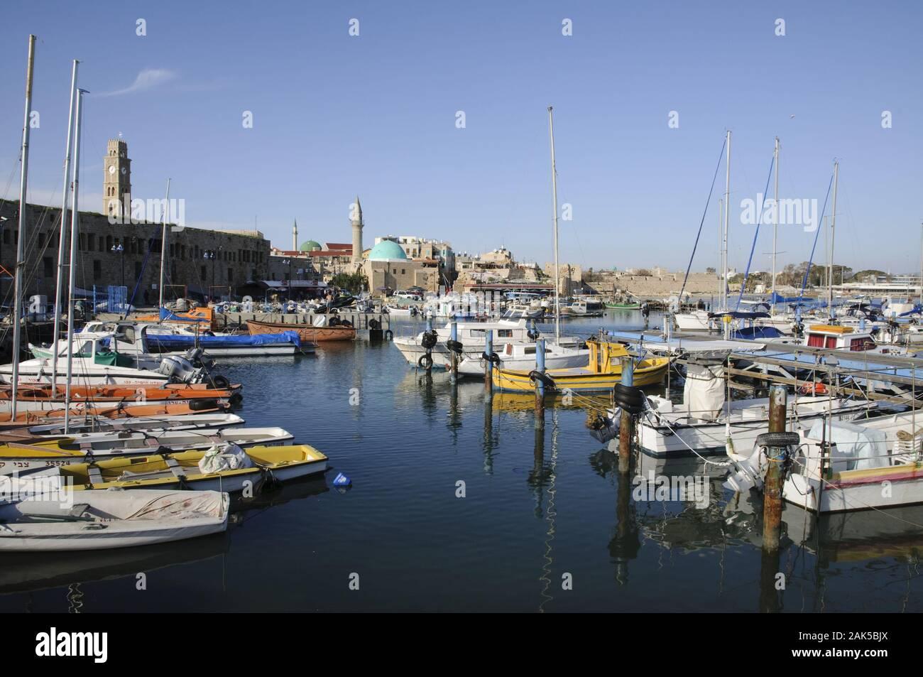 Akko: Boote im Hafen, Israele | Utilizzo di tutto il mondo Foto Stock