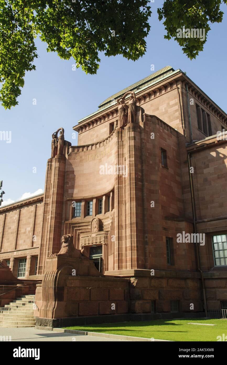 Mannheim: Kunsthalle Museum für Moderne und zeitgenoessische Kunst, Odenwald | Utilizzo di tutto il mondo Foto Stock