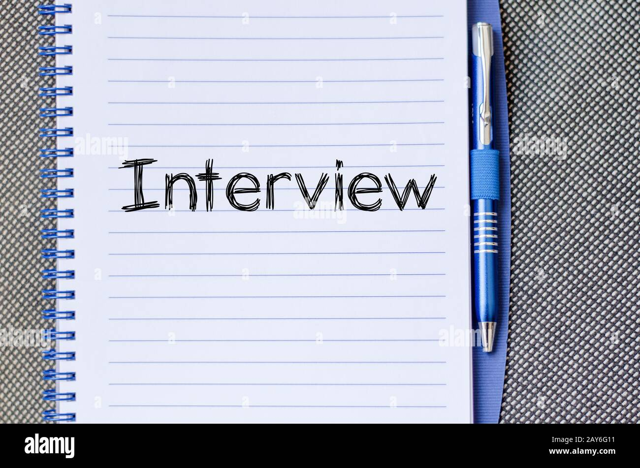Intervista del concetto di testo su notebook Foto Stock
