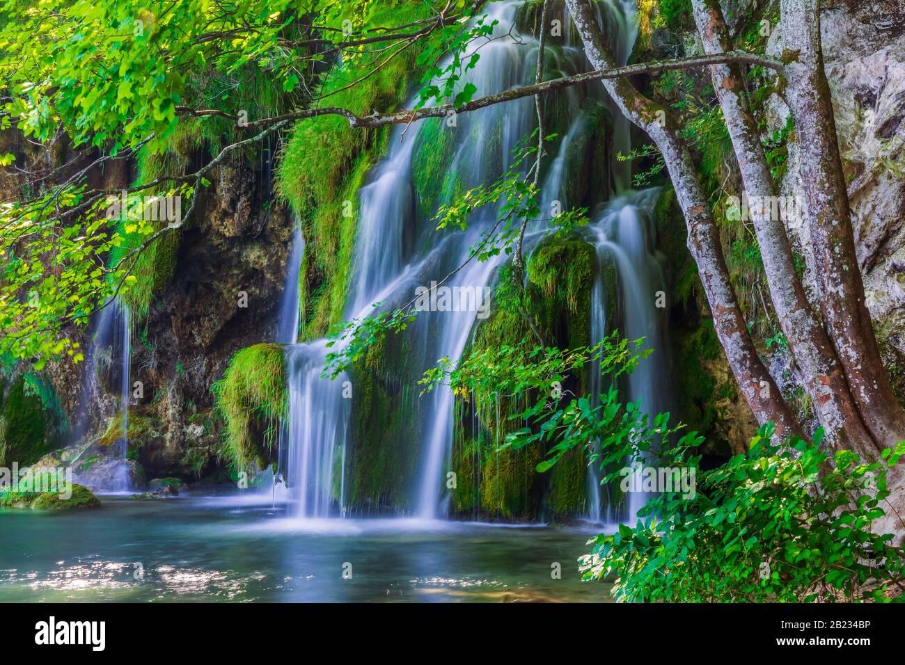 I laghi di Plitvice, Croazia. Le cascate del Parco Nazionale dei Laghi di Plitvice. Foto Stock