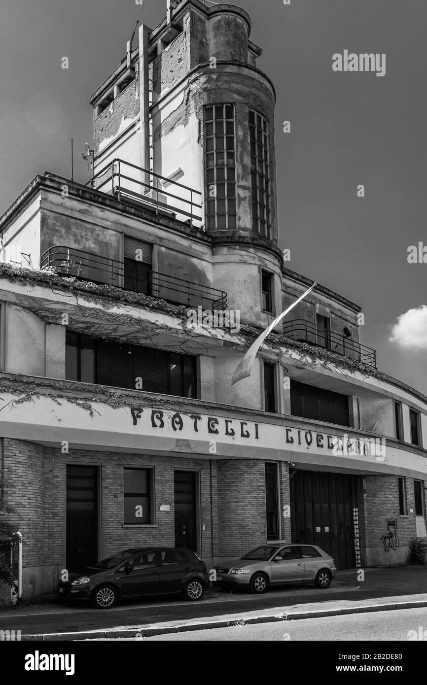 Fabbrica abbandonata a Milano Foto Stock
