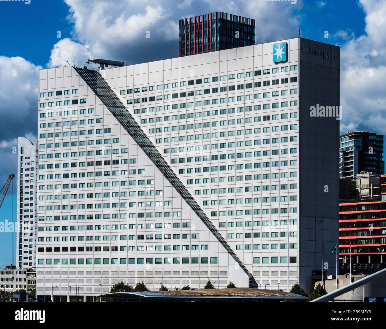 A. P. Møller – Mærsk A/S Willemswerf Rotterdam. L'edificio degli uffici ospita attualmente la sede olandese di Maersk. Completato nel 1988, architetto Wim Quist. Foto Stock