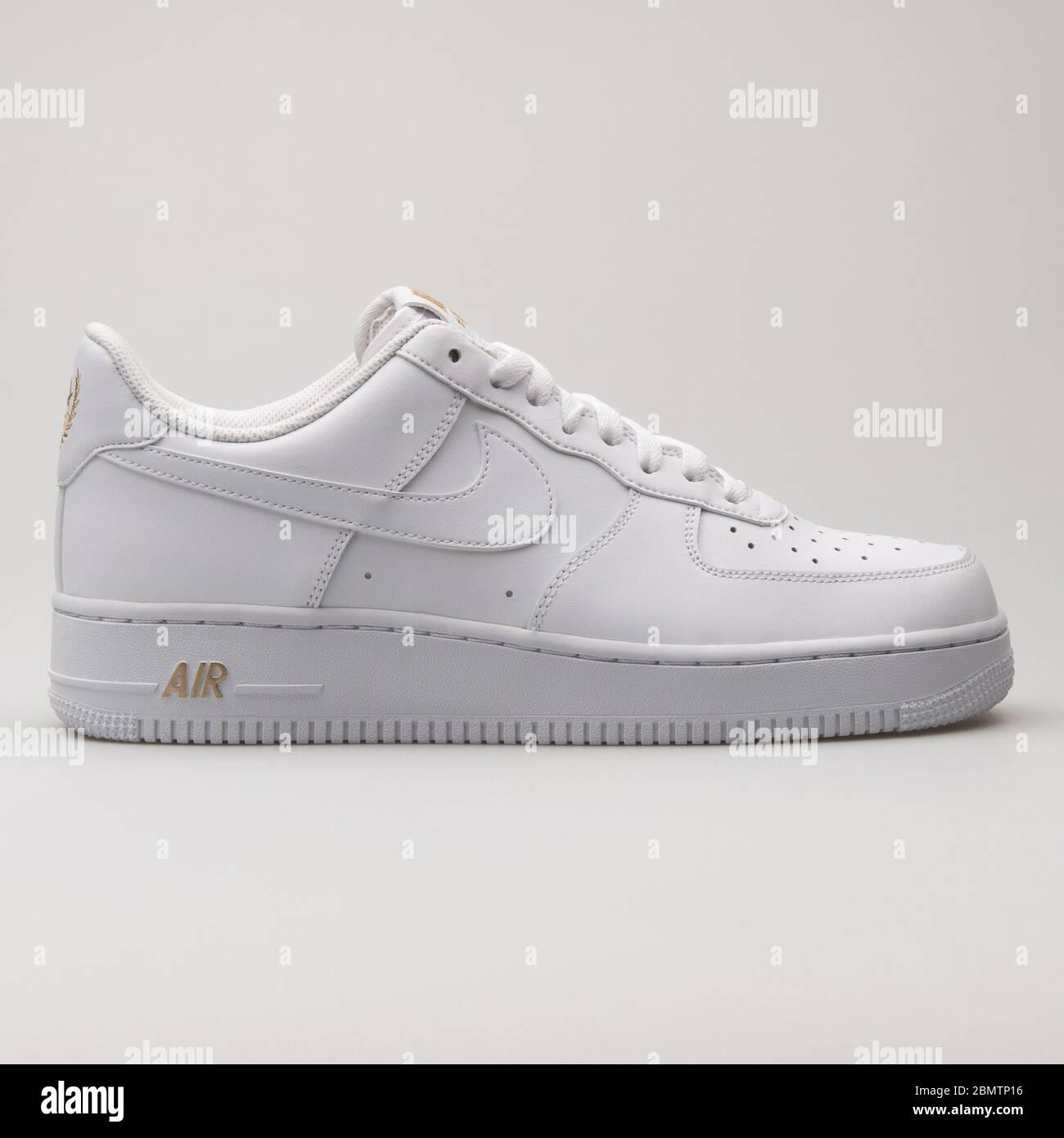 air force 1 basse oro e bianco