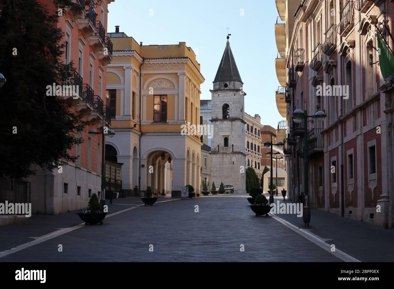 Benevento - Scorcio di Santa Sofia la mattina presto Foto Stock
