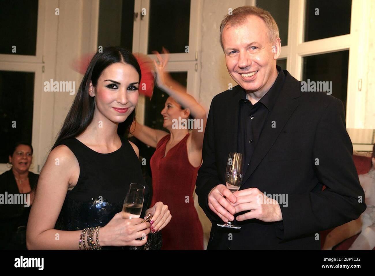 Lambertz Kalender 2012 - Präsentation - Präsentation des neuen Lambertz Kalenders. Mit dabei: Der deutsche Schauspieler Ludger Pistor. Foto Stock