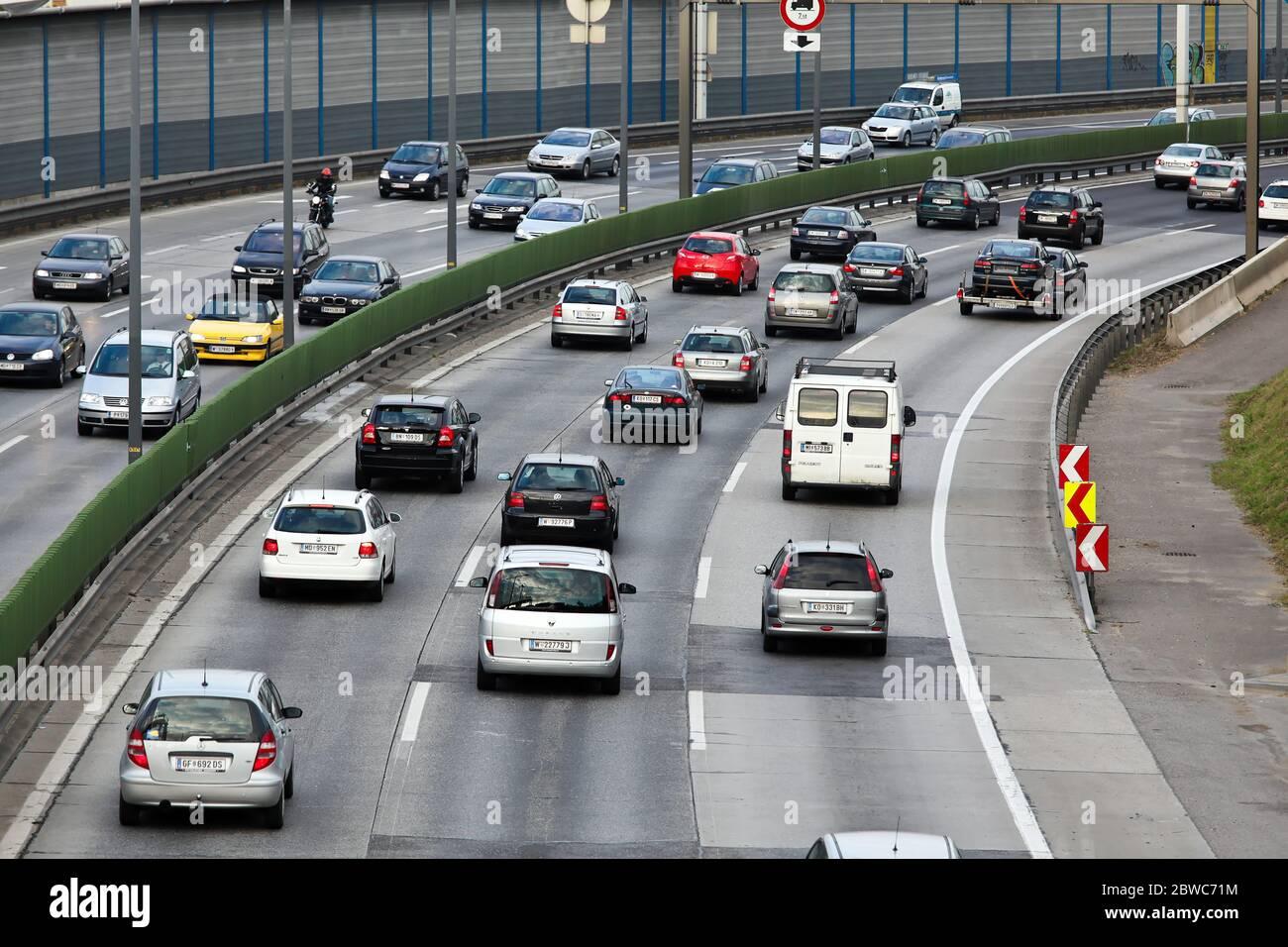 Stau auf der Autobahn a Oesterreich Foto Stock