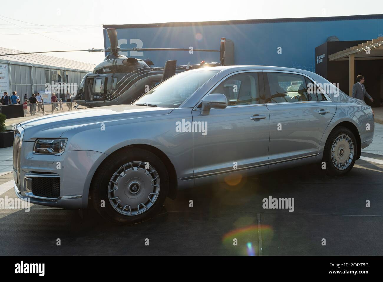 30 Agosto 2019. Zhukovsky, Russia. Auto esecutiva russa Aurus Senat all'International Aviation and Space Salon MAKS 2019. Foto Stock
