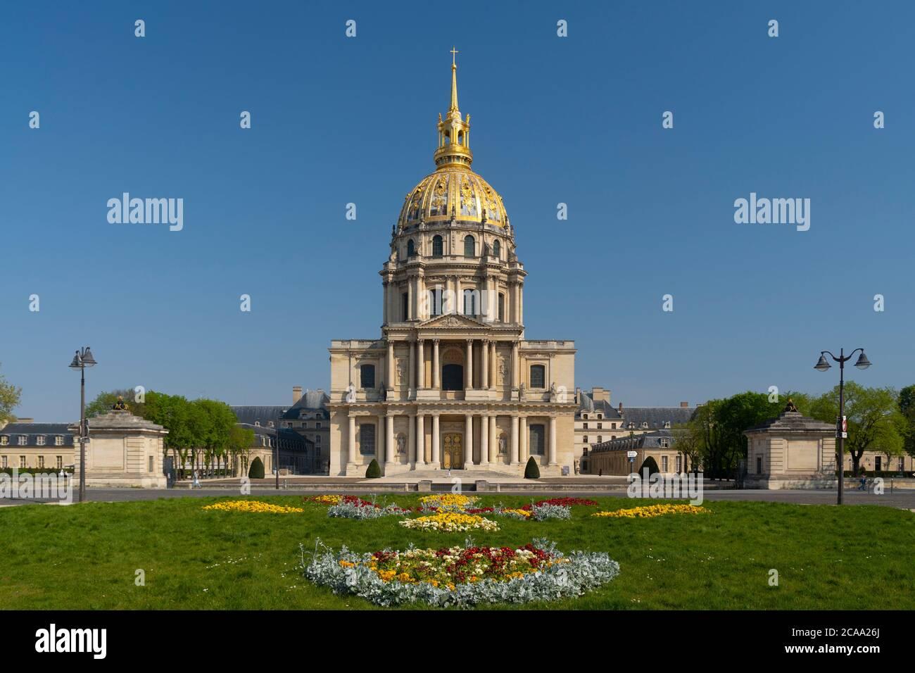 Les Invalides è un complesso di musei e tombe a Parigi, il museo di storia militare della Francia, e la tomba di Napoleone Bonaparte. Alle 1860, Napoleone' Foto Stock