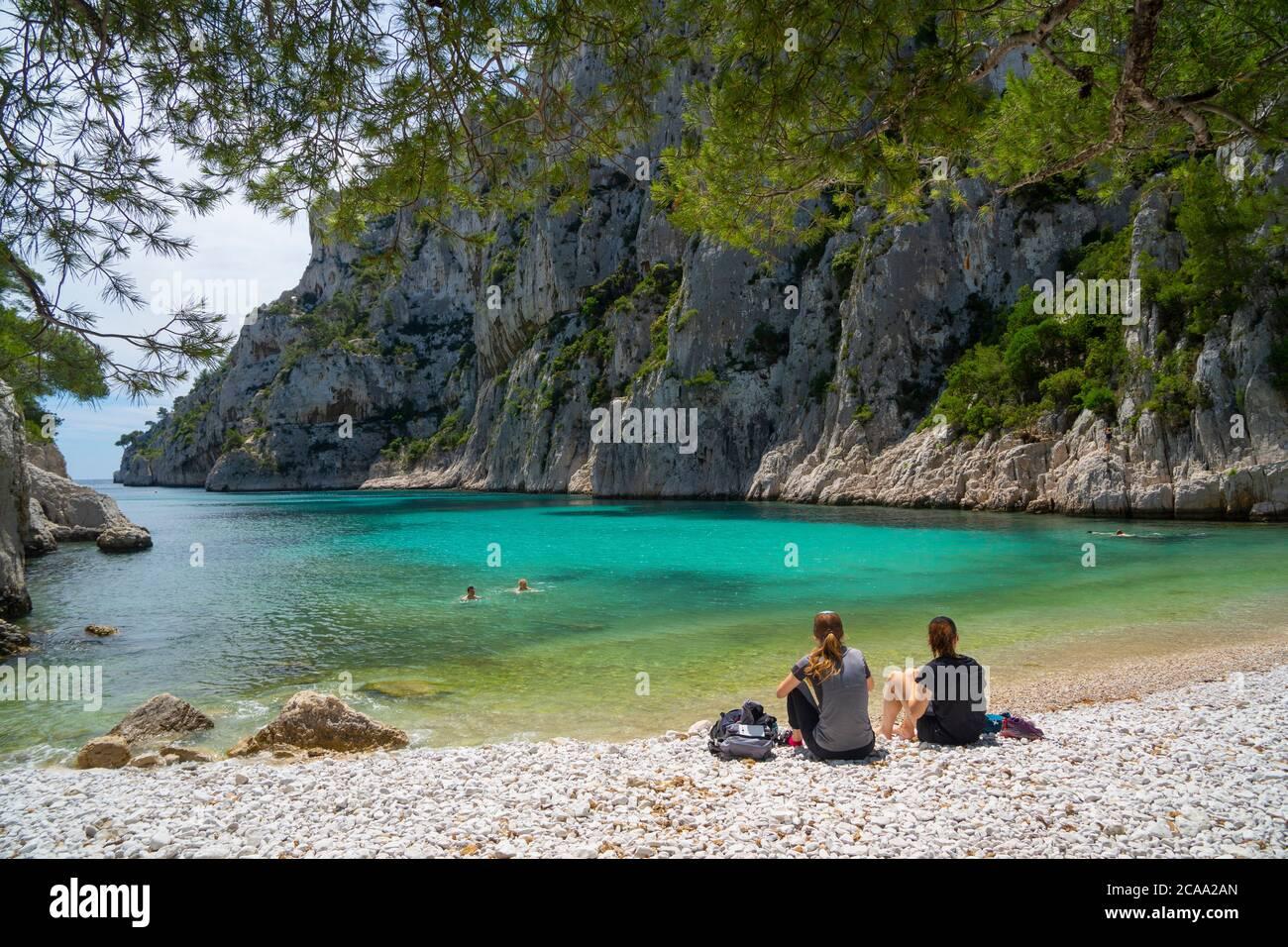 Vista sul parco nazionale di Calanques vicino al villaggio di pescatori di Cassis. En vaux calanque Foto Stock