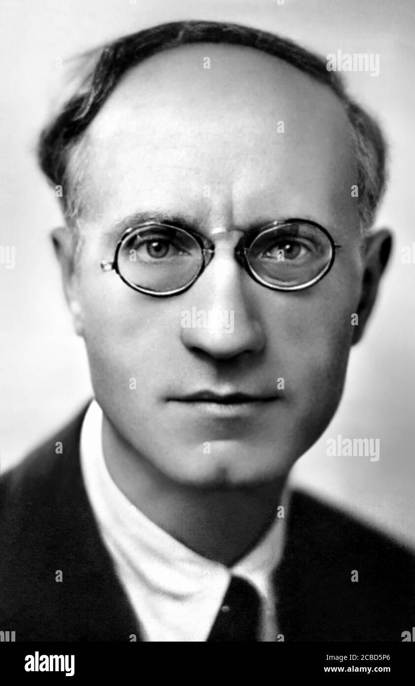1935 C, ITALIA : il neurofisiologo e medico italiano Dottor GAETANO BOSCHI ( 1882 - 1969 ). Foto di fotografo sconosciuto .- NEUROLOGO - NEUROLOGIA - NEUROPATOLOGO - NEUROPATOLOGO - NEUROFISIOLOGIA - NEUROFISIOLOGO - NEUROLOGIA - foto storiche - foto storica - scienziato - ritratto - ritratto - lente - pince-nez - occhiali da vista - DOTTORE - MEDICO - MEDICINA - SCIENZA - SCIENZA - SISTEMA NERVOSO --- ARCHIVIO GBB Foto Stock