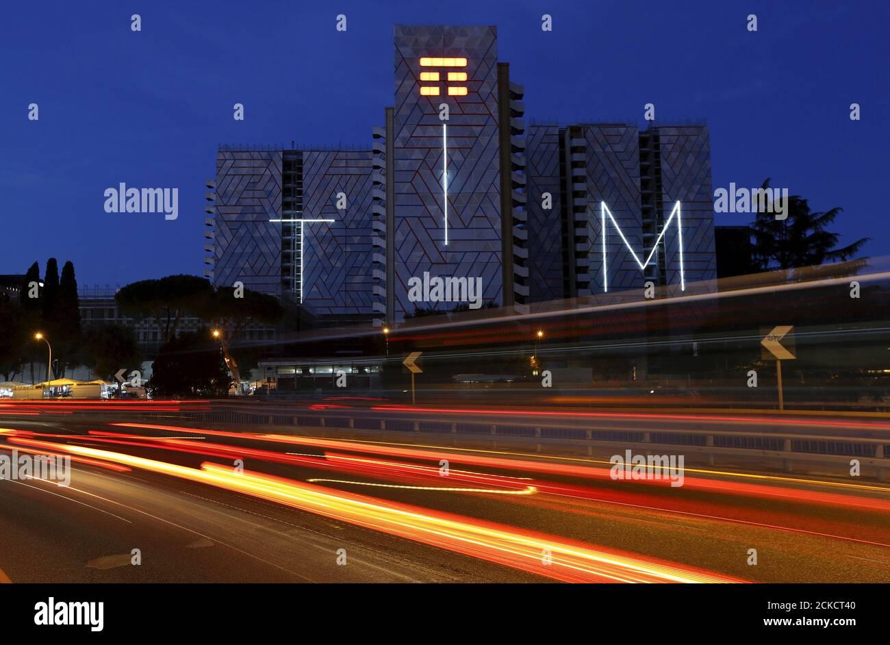 Telecom Italia Mobile Immagini E Fotos Stock Alamy