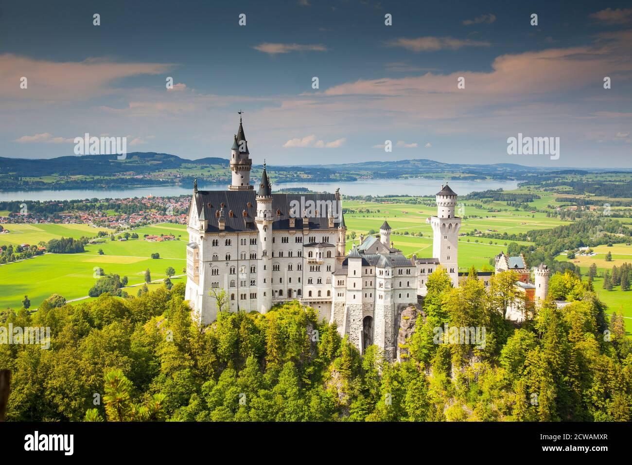 Castello di Neuschwanstein, Schwangau, Alpi Bavaresi, Allgäu, Svevia, Baviera, Germania, Europa Foto Stock