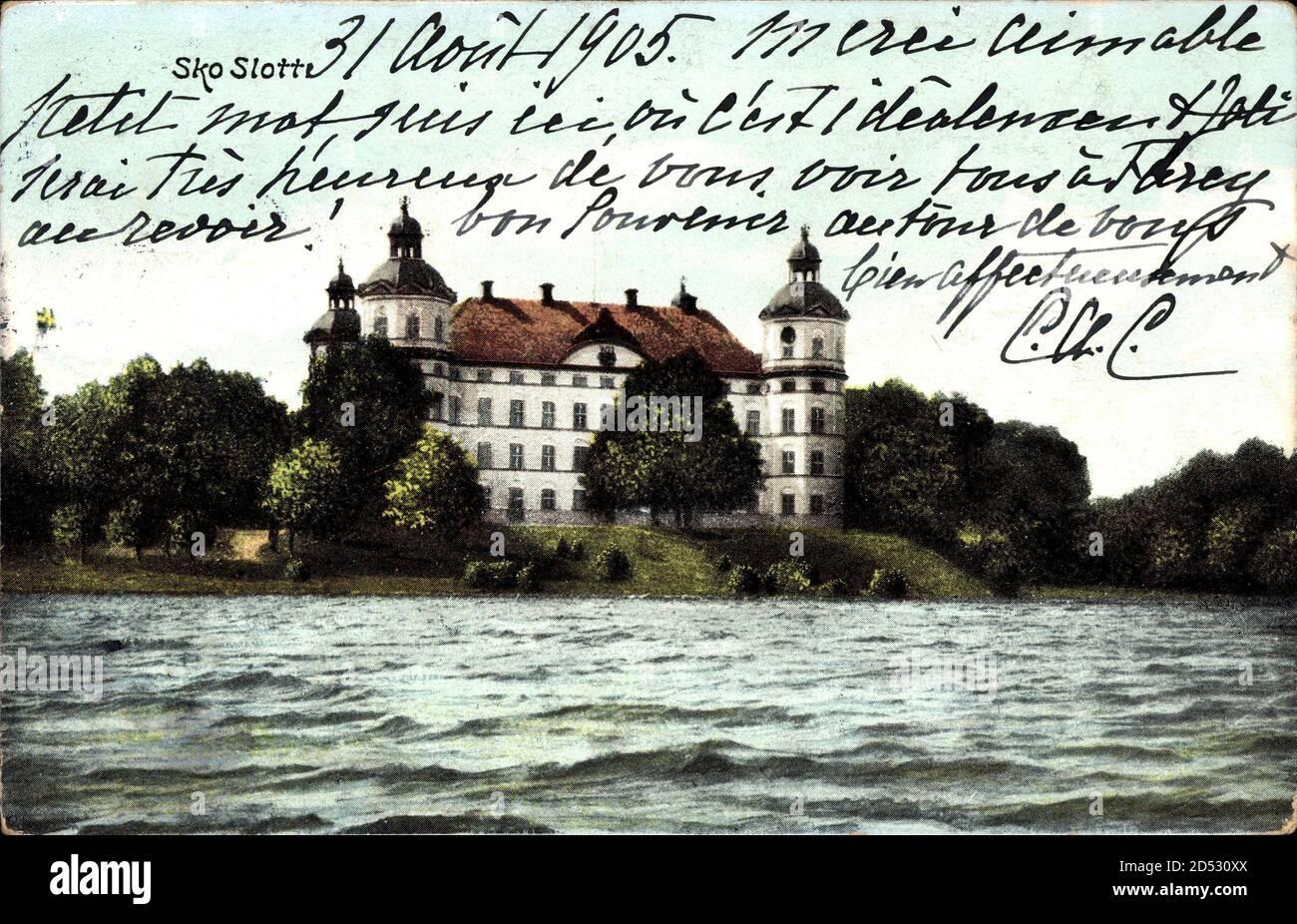 Skokloster Schweden, Blick auf das Schloss über Gewässer hinweg, Fassade   utilizzo in tutto il mondo Foto Stock
