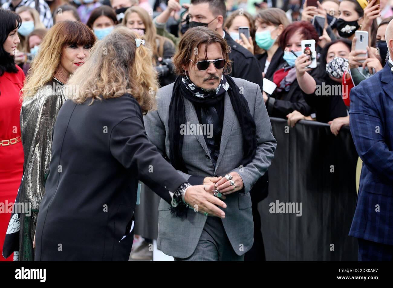 Johnny Depp partecipa al 'Crock of Gold: A pochi round con Shane McGowan' in anteprima durante il 16° Festival del Cinema di Zurigo a Kino corso il 02 ottobre 2020 a Zurigo, Svizzera. Foto Stock