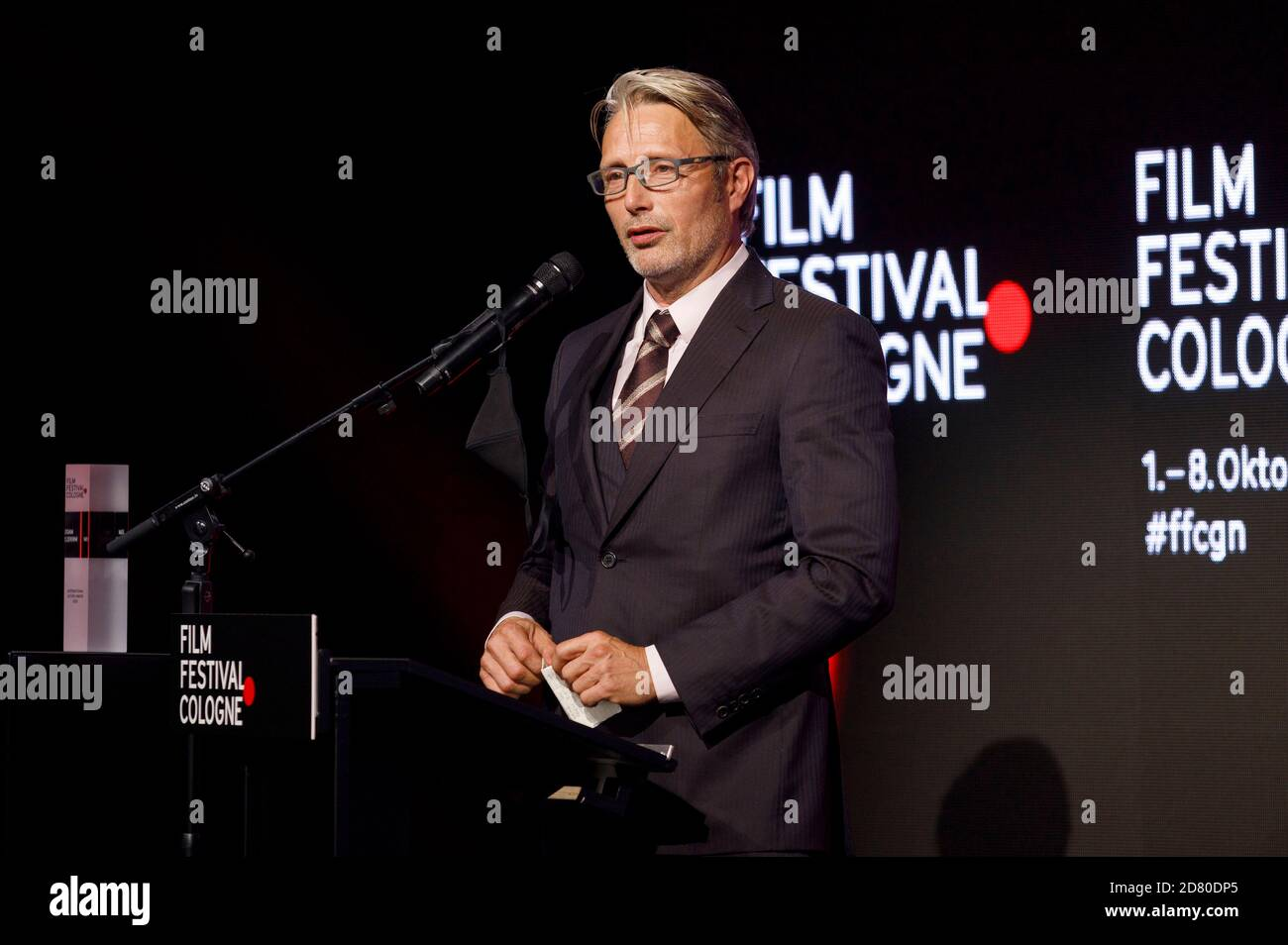 Mads Mikkelsen partecipa al Film Festival Cologne Awards 2020 al 30° Film Festival Cologne 2020 a Palladium l'8 ottobre 2020 a Colonia, Germania Foto Stock