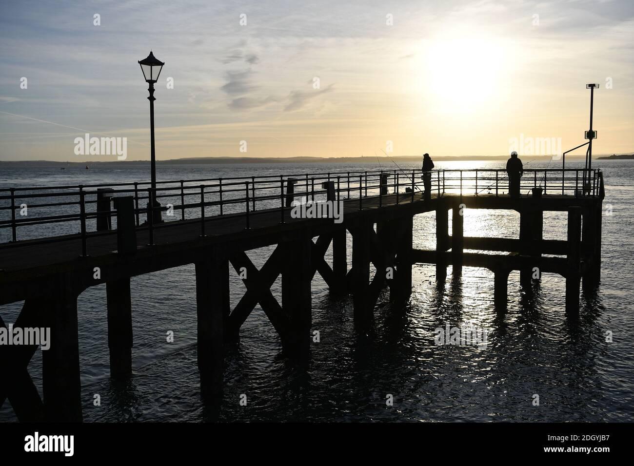 GV e stock di Old Town, Portsmouth, Hampshire, Mercoledì 2 dicembre 2020. Foto Stock