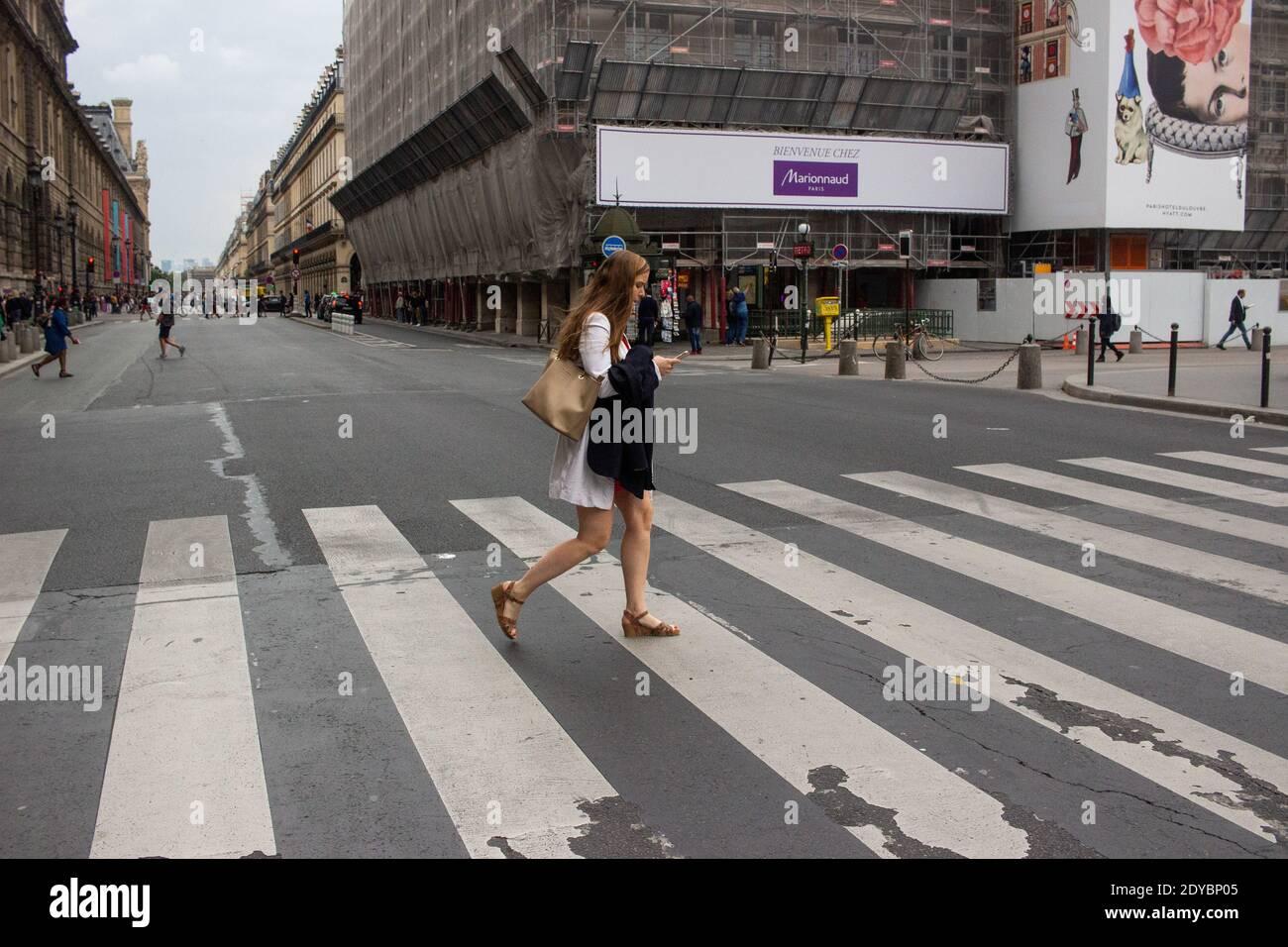 Llustration du quotidien à Paris en France. Foto Stock
