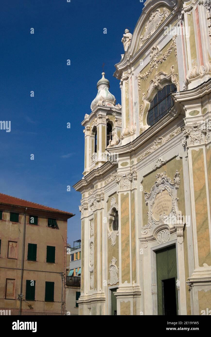 Chiesa di San Giovanni Battista, finale Ligure, Liguria, Italia Foto Stock