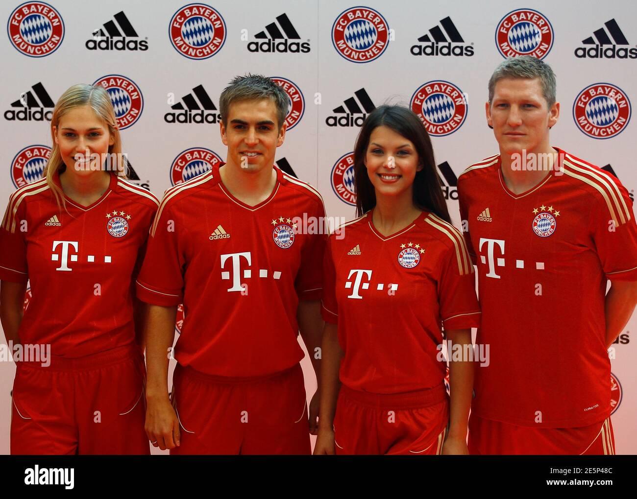 Fc Bayern Munich Jersey Immagini e Fotos Stock - Alamy